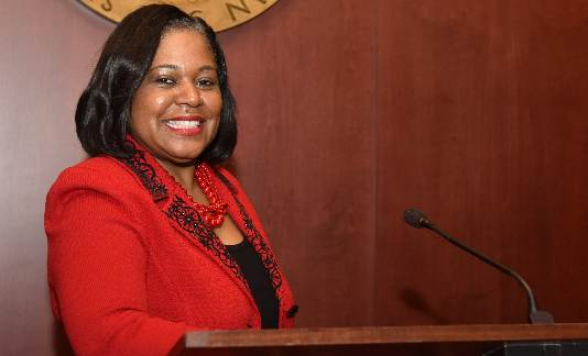 Wayne County Commission elects Alisha Bell as chair.