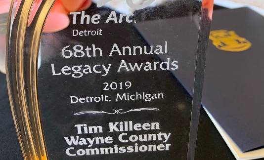 Wayne County Commissioner Tim Killeen receives Public Policy Award