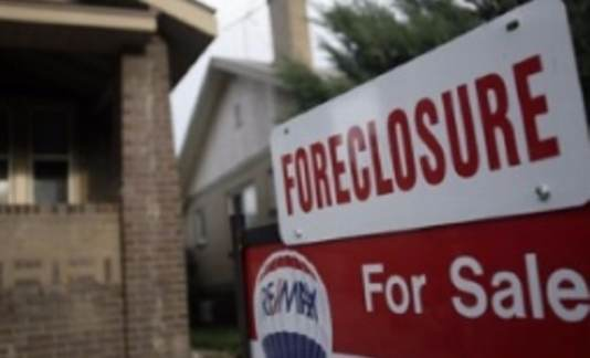 Detroit businessman pays taxes for woman about to lose home to foreclosure (WXYZ 7 Detroit)