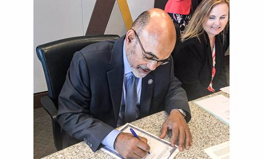 Signing of the Charter County of Wayne, State of Michigan, Tax Revenue Notes, Series 2019